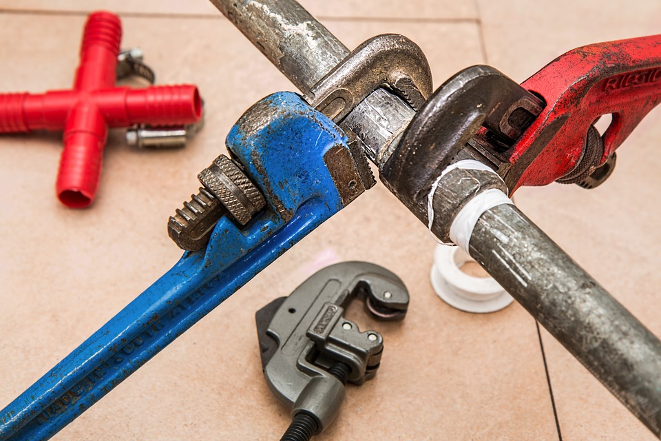 Plumbers Glasgow Tools and Pipe